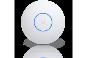 Новая флагманская точка доступа UniFi AP XG.