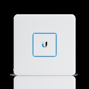 Производительный маршрутизатор Ubiquiti UniFi Security Gateway